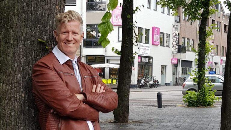 Dr. René Paasch: Warum Geld nicht glücklich macht