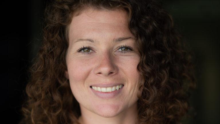 Johanna Constantini: Sind wir denn kompetent genug?