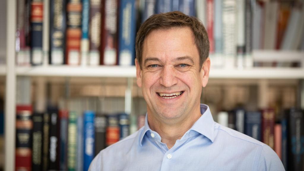 Dr. Hanspeter Gubelmann